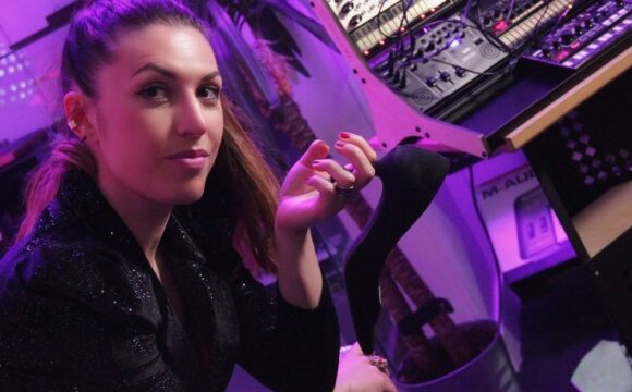 MARIE BERSON for DEEPINSIDE & RADIO FG (Live Streaming from Paris)